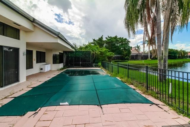 Photo of  Boca Raton, FL 33498 MLS RX-10376233