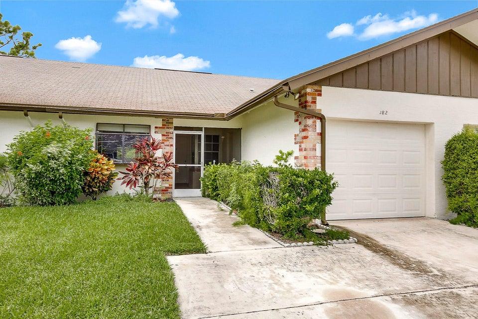 Villa pour l Vente à 182 Bent Arrow Drive 182 Bent Arrow Drive Jupiter, Florida 33458 États-Unis