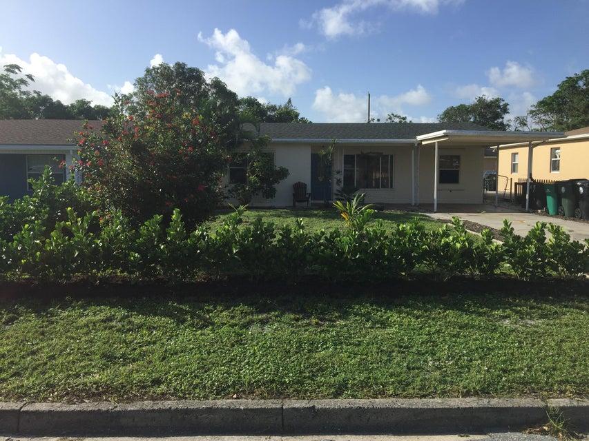Casa Unifamiliar por un Venta en 1515 17th Avenue N 1515 17th Avenue N Lake Worth, Florida 33460 Estados Unidos