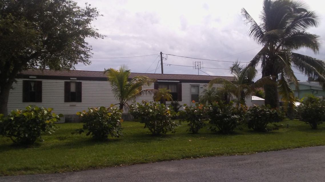 Mobile / Fabricant pour l Vente à 5418 SE Celestial Circle 5418 SE Celestial Circle Stuart, Florida 34997 États-Unis