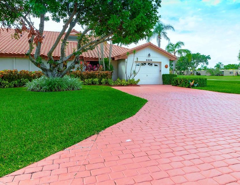 Villa for Sale at 5526 San Marino Way 5526 San Marino Way Lake Worth, Florida 33467 United States