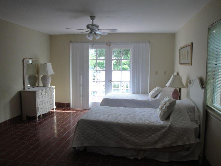 Additional photo for property listing at 3323 N Flagler Drive 3323 N Flagler Drive West Palm Beach, Florida 33407 United States