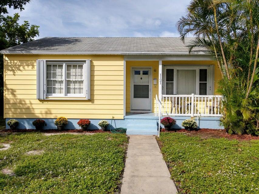 1121 N K Street  Lake Worth, FL 33460