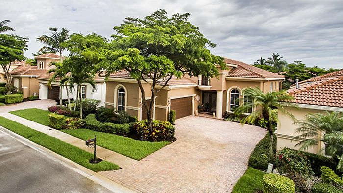 10603 Piazza Fontana West Palm Beach, FL 33412