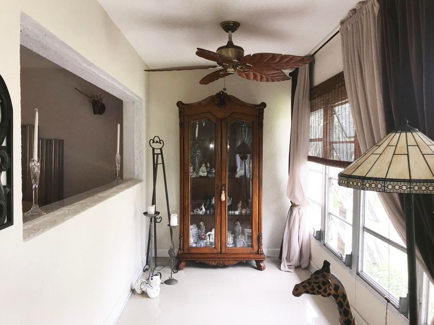 Additional photo for property listing at 400 NE 20th Street 400 NE 20th Street Boca Raton, Florida 33431 United States