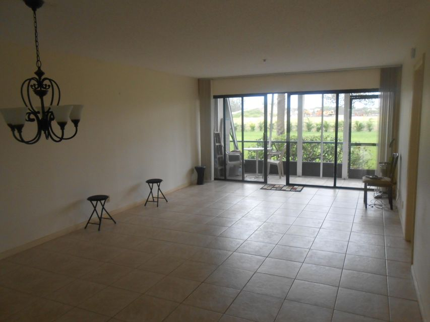 3000 Presidential Way 102 West Palm Beach, FL 33401 photo 3