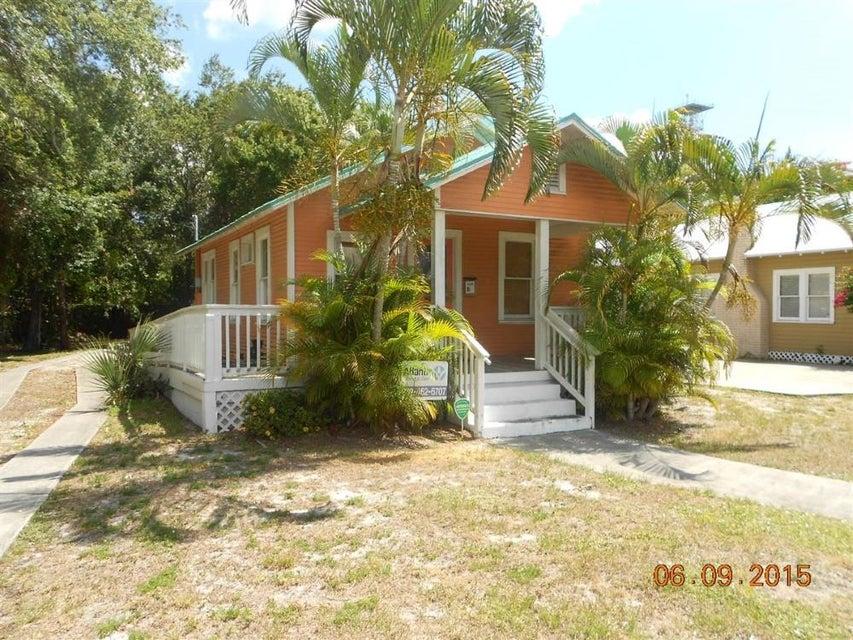 Escritórios para Venda às 808 Delaware Avenue 808 Delaware Avenue Fort Pierce, Florida 34950 Estados Unidos