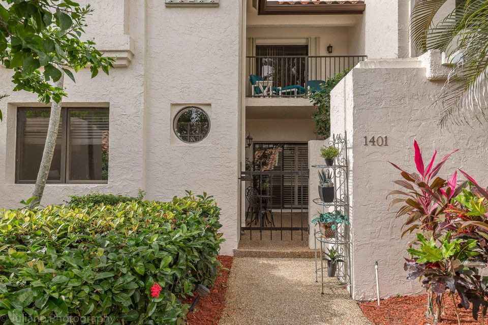 Co-op / Condo for Rent at 7890 Seville Place 7890 Seville Place Boca Raton, Florida 33433 United States