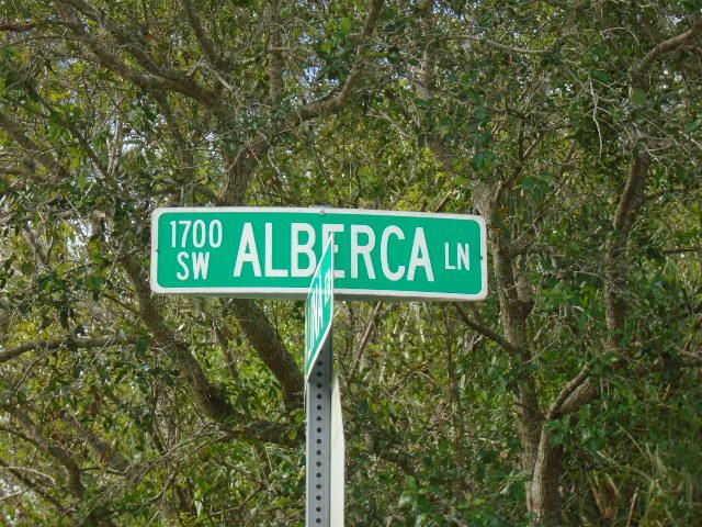 1741 Sw Alberca Lane