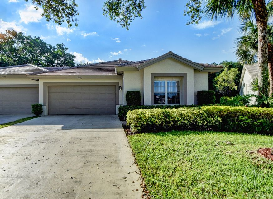 Villa for Sale at 7492 Rockbridge Circle 7492 Rockbridge Circle Lake Worth, Florida 33467 United States