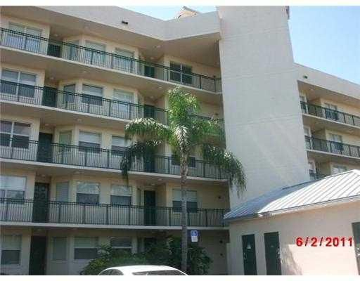 Co-op / Condo for Sale at 6 Royal Palm Way 6 Royal Palm Way Boca Raton, Florida 33432 United States