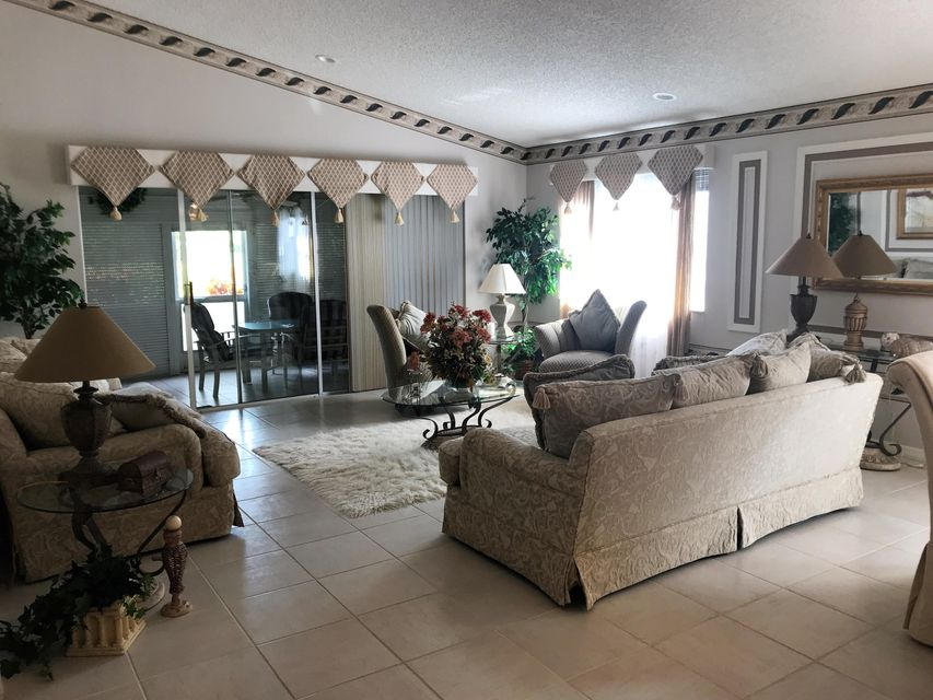 Additional photo for property listing at 6262 Breckenridge Circle 6262 Breckenridge Circle Lake Worth, Florida 33467 United States