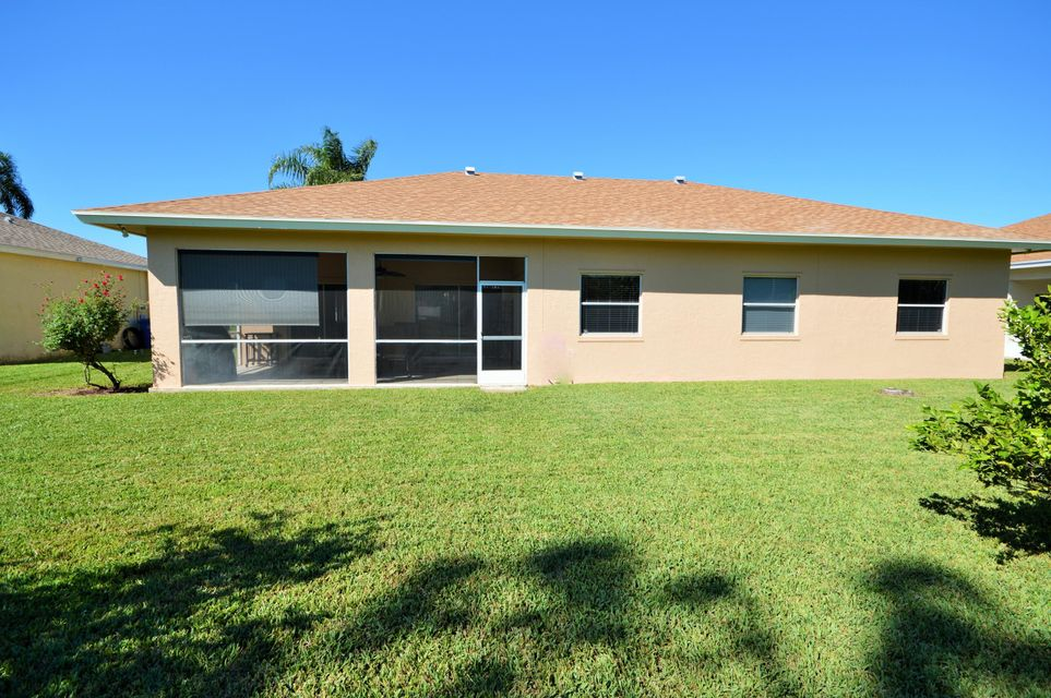 102 Lexington Drive Royal Palm Beach, FL 33411 photo 4