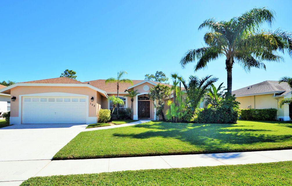 102 Lexington Drive Royal Palm Beach, FL 33411 photo 2