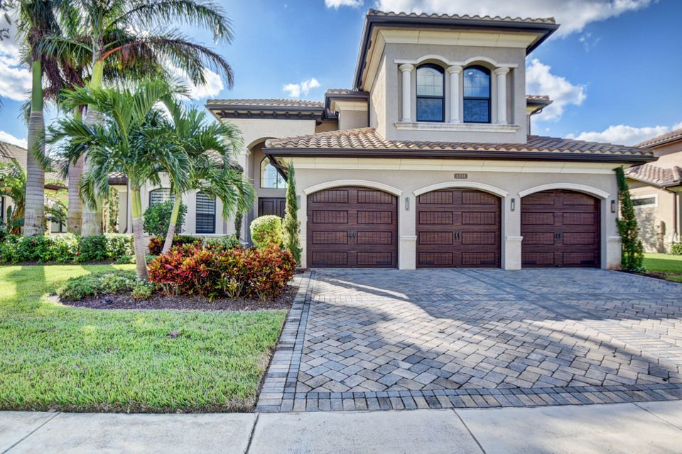 8398 Hawks Gully Avenue  Delray Beach FL 33446