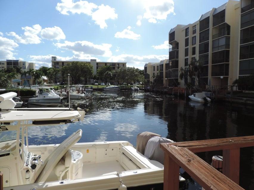 Additional photo for property listing at 3 Royal Palm Way 3 Royal Palm Way Boca Raton, Florida 33432 États-Unis