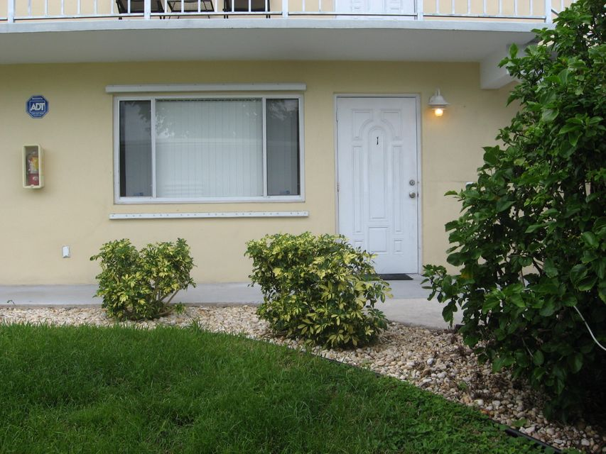 Flat for Rent at 1905 Lake Worth Road 1905 Lake Worth Road Lake Worth, Florida 33461 United States