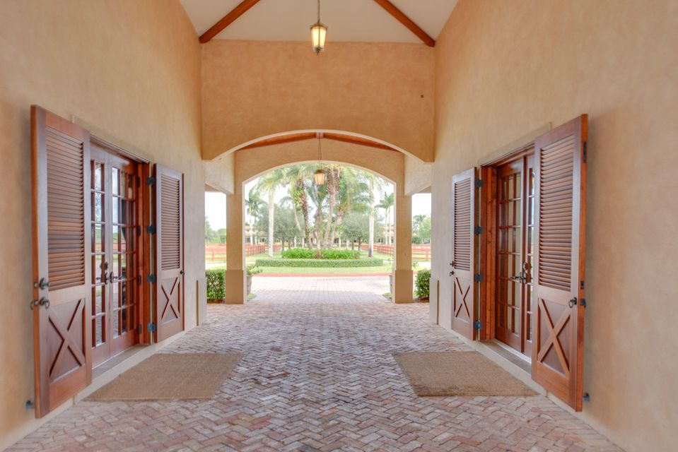 Additional photo for property listing at 4370 S South Road 4370 S South Road Wellington, Florida 33414 United States