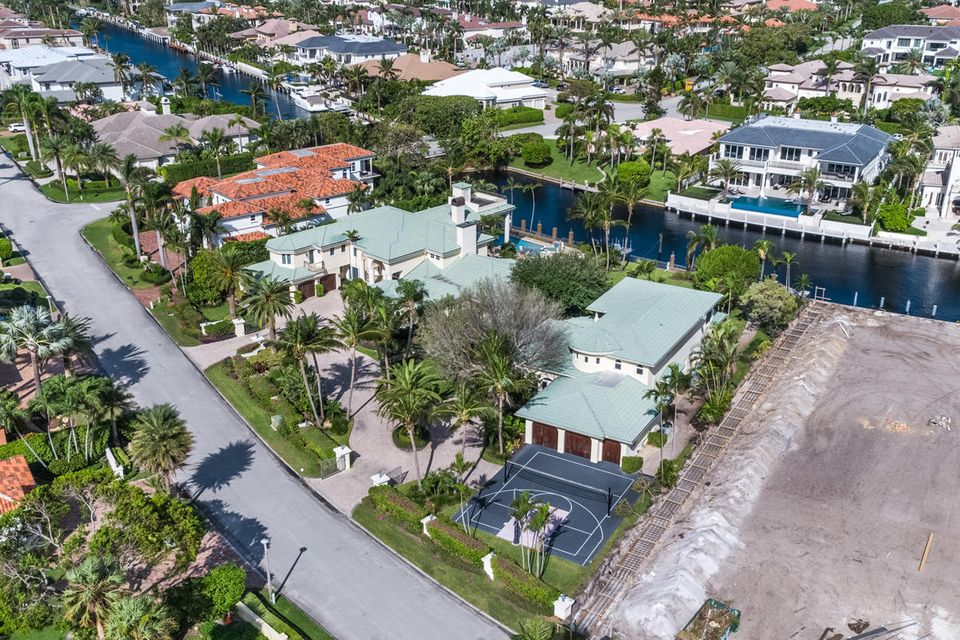 Single Family Home for Sale at 327 E Alexander Palm Road 327 E Alexander Palm Road Boca Raton, Florida 33432 United States