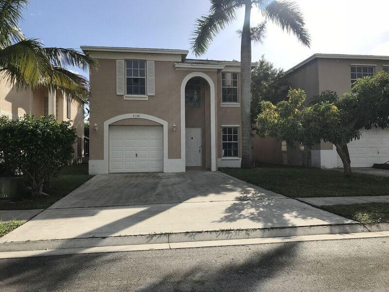 Casa para uma família para Venda às 4148 Pine Hollow Circle 4148 Pine Hollow Circle Greenacres, Florida 33463 Estados Unidos