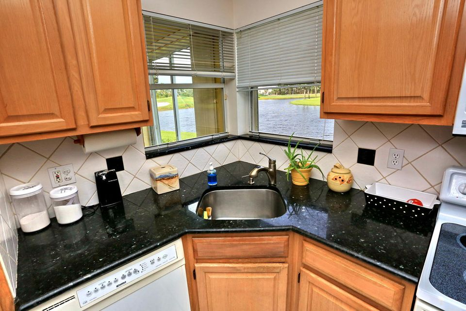 Additional photo for property listing at 6199 Bear Creek Court 6199 Bear Creek Court Lake Worth, 佛罗里达州 33467 美国