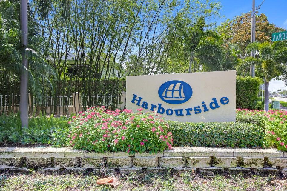 1 Harbourside Drive