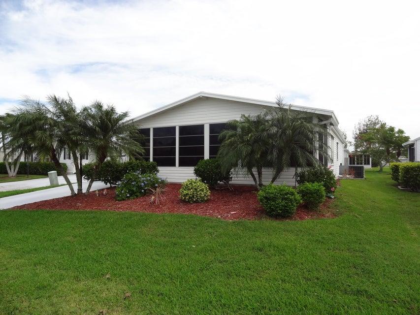 Móvil / Fabricado por un Venta en 8184 Sandwedge Terrace 8184 Sandwedge Terrace Port St. Lucie, Florida 34952 Estados Unidos