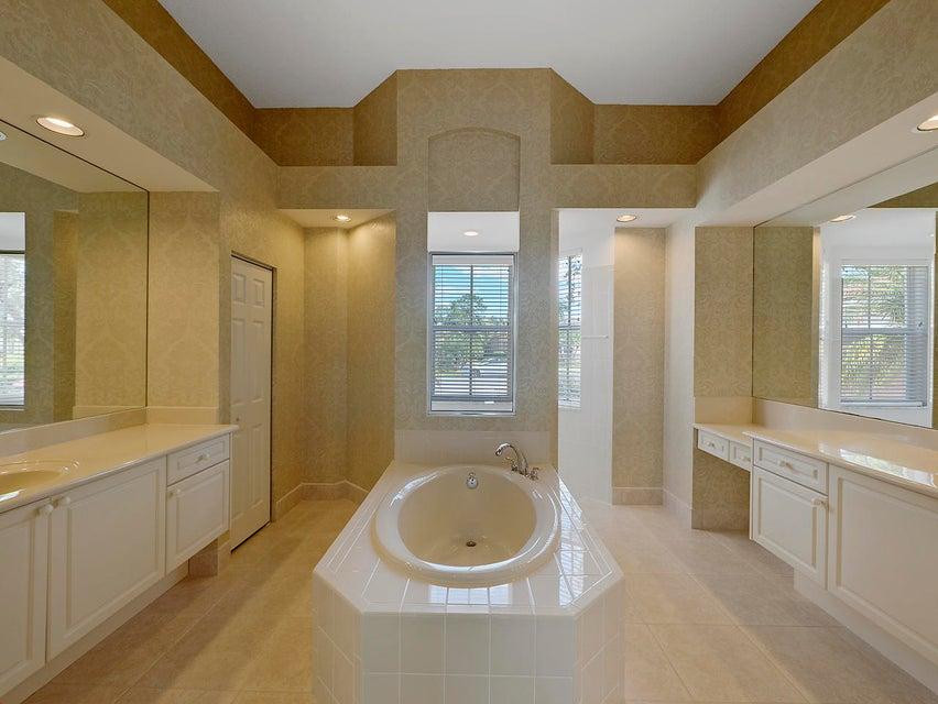 Additional photo for property listing at 7773 Preserve 7773 Preserve 西棕榈滩, 佛罗里达州 33412 美国