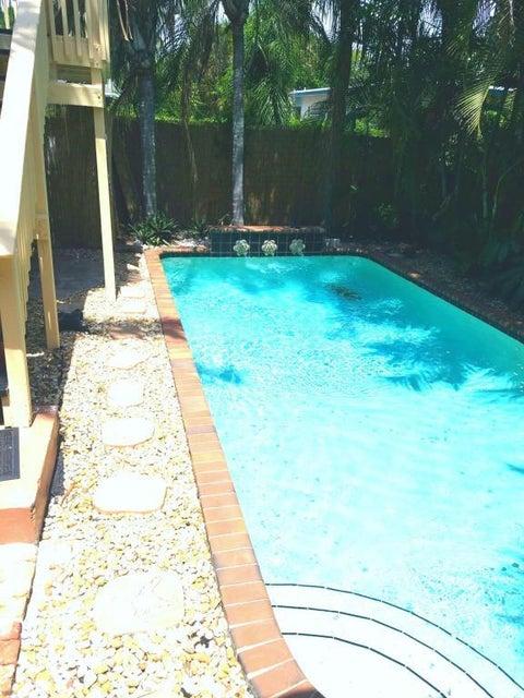 Rentals for Rent at 1627 N O Street 1627 N O Street Lake Worth, Florida 33460 United States