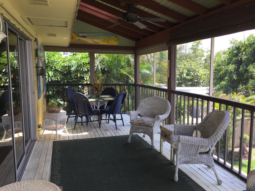 Additional photo for property listing at 4612 SE Boatyard Drive 4612 SE Boatyard Drive Stuart, Florida 34997 United States