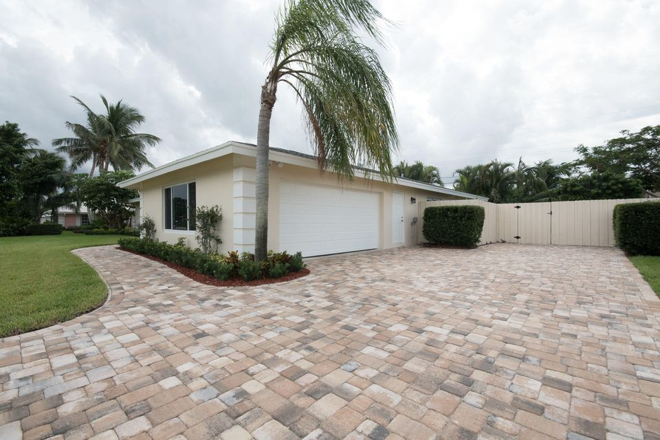 Additional photo for property listing at 101 Fairview E 101 Fairview E Tequesta, Florida 33469 United States