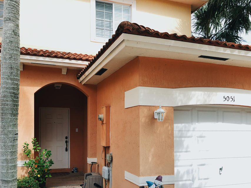 Townhouse for Sale at 5051 SE Mariner Garden Circle 5051 SE Mariner Garden Circle Stuart, Florida 34997 United States