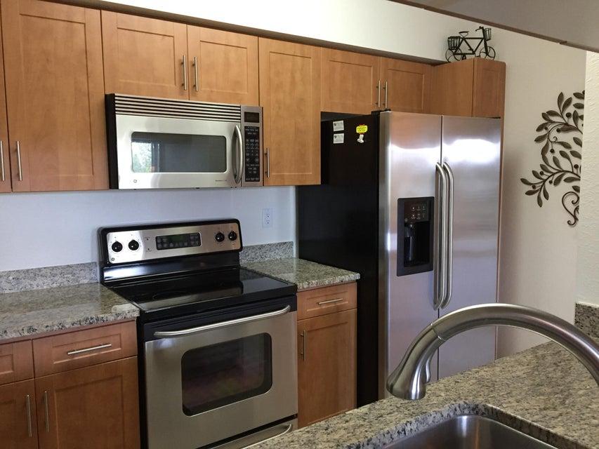 6394 Emerald Dunes Drive 3-306 West Palm Beach, FL 33411 photo 11