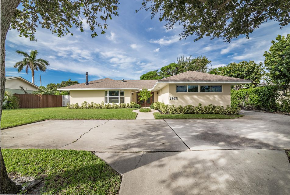 Home for sale in LAKE CLARKE HGTS IN Lake Clarke Shores Florida