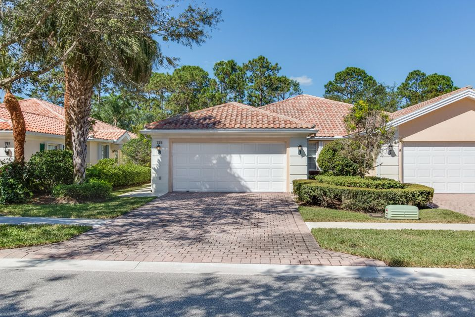 Villa for Sale at 775 SW Balmoral Trace 775 SW Balmoral Trace Stuart, Florida 34997 United States
