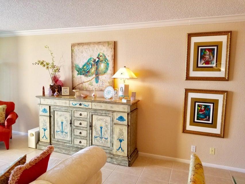 Additional photo for property listing at 4748 S Ocean Boulevard 4748 S Ocean Boulevard Highland Beach, Florida 33487 Estados Unidos