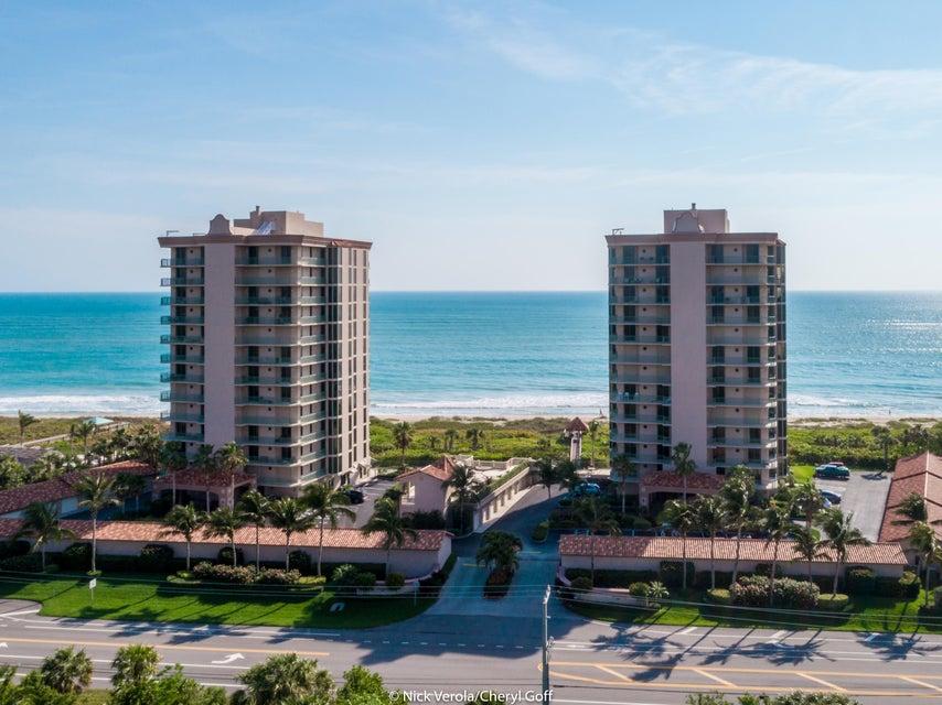 Condominio por un Venta en 4310 N A1a # 201S 4310 N A1a # 201S Hutchinson Island, Florida 34949 Estados Unidos