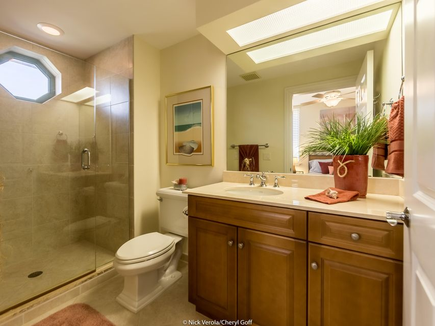 Additional photo for property listing at 4310 N A1a  # 201S 4310 N A1a  # 201S Hutchinson Island, Florida 34949 United States