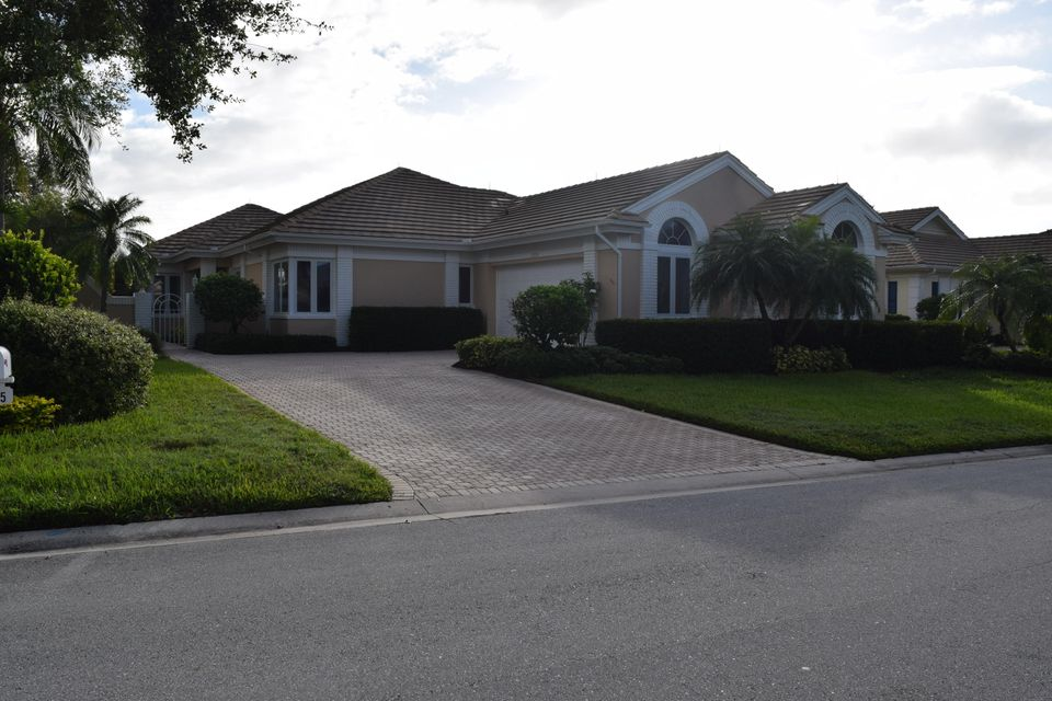 Single Family Home for Sale at 2225 SW Manor Hill Drive 2225 SW Manor Hill Drive Palm City, Florida 34990 United States