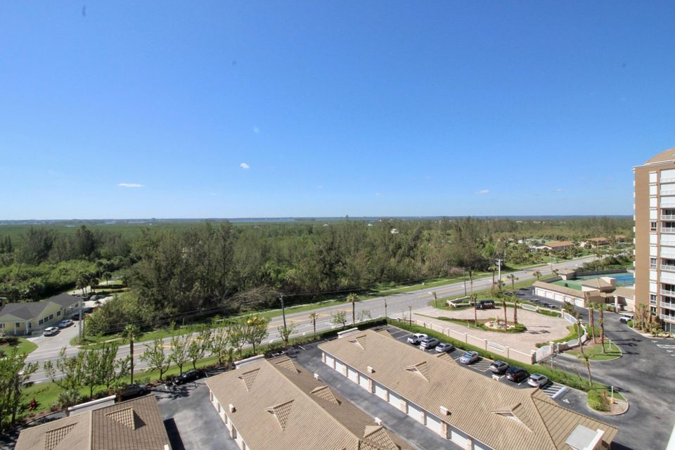 Additional photo for property listing at 4160 N A1a Highway # 1007  Hutchinson Island, Florida 34949 United States
