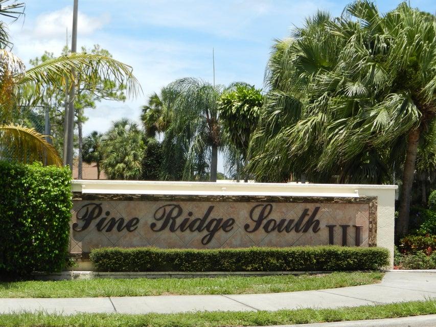 Cooperativa / condomínio para Venda às 302 Knotty Pine Circle 302 Knotty Pine Circle Greenacres, Florida 33463 Estados Unidos
