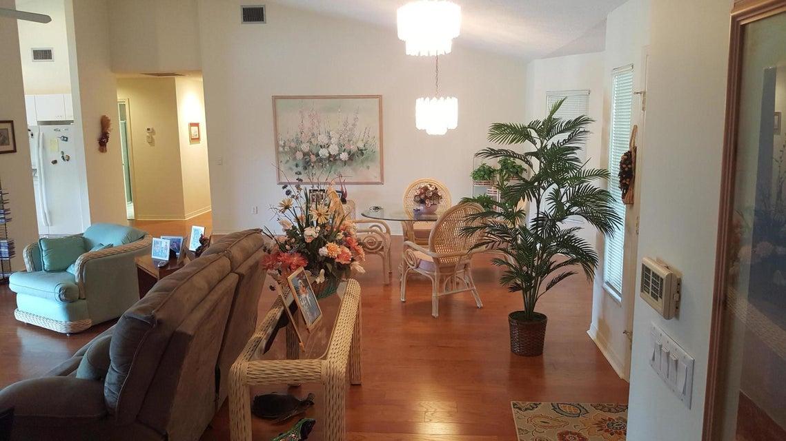 Additional photo for property listing at 8939 SE Marina Bay Drive 8939 SE Marina Bay Drive Hobe Sound, Florida 33455 Estados Unidos