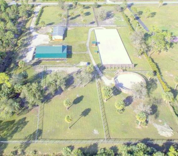 Alquiler por un Alquiler en 19498 Green Grove Court 19498 Green Grove Court Loxahatchee, Florida 33470 Estados Unidos