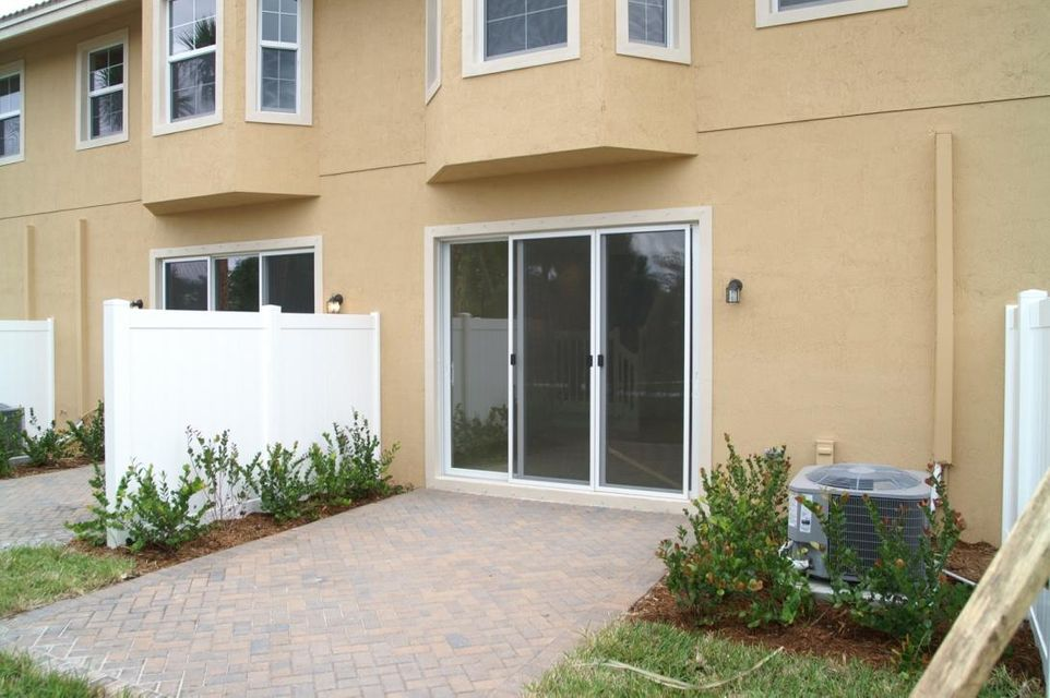 Additional photo for property listing at 5985 Monterra Club Drive 5985 Monterra Club Drive Lake Worth, 佛罗里达州 33463 美国