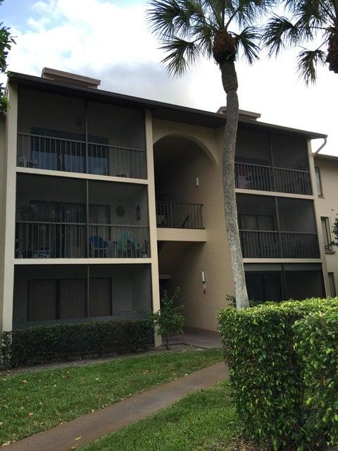 合作社 / 公寓 为 出租 在 207 Foxtail Drive 207 Foxtail Drive Greenacres, 佛罗里达州 33415 美国
