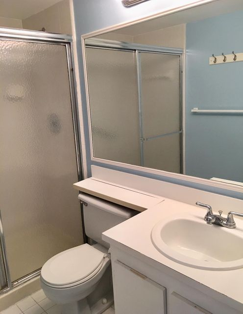 Additional photo for property listing at 207 Foxtail Drive 207 Foxtail Drive Greenacres, 佛罗里达州 33415 美国
