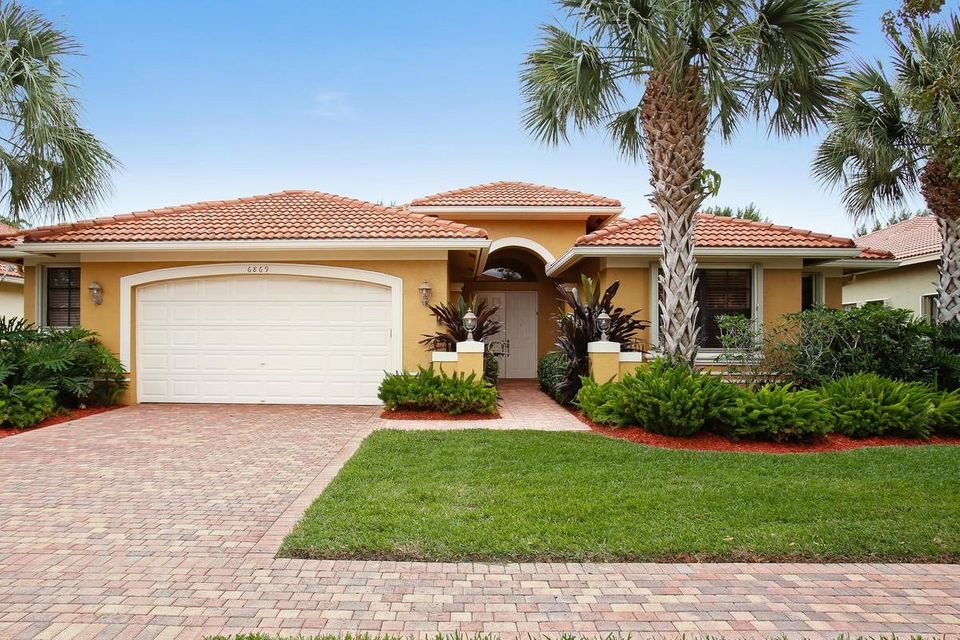 TIVOLI LAKES PUD home 6869 Antinori Lane Boynton Beach FL 33437