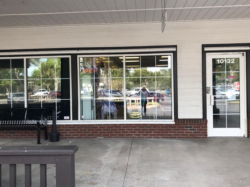 Commercial / Industriel pour l à louer à 1032 W Indiantown Road 1032 W Indiantown Road Jupiter, Florida 33458 États-Unis
