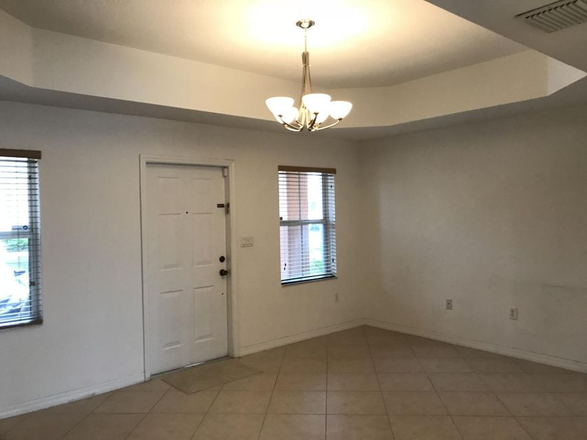 Additional photo for property listing at 10617 SW 6th Street 10617 SW 6th Street Pembroke Pines, Florida 33025 United States