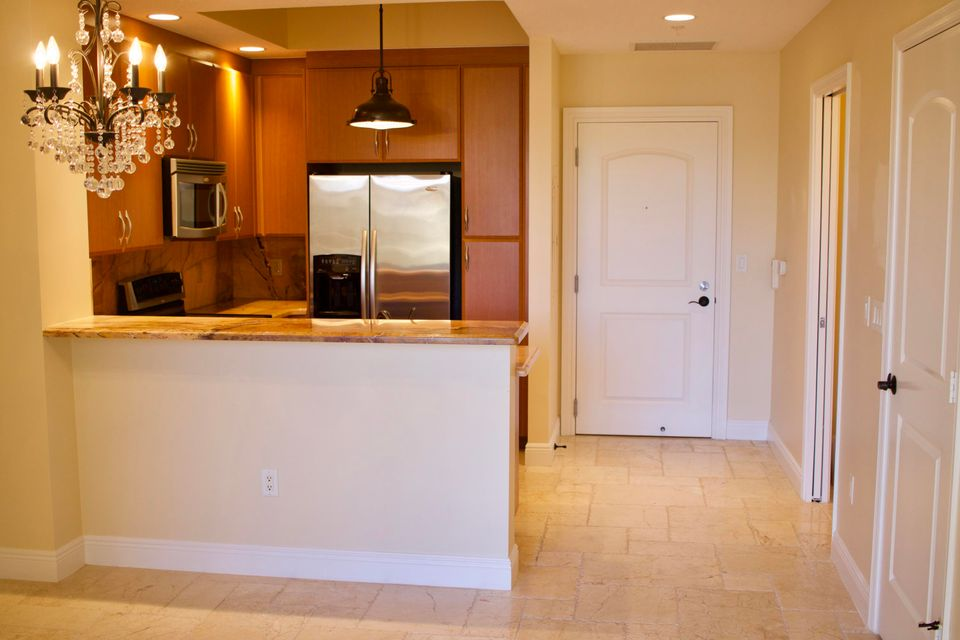 Co-op / Condo for Rent at 701 S Olive Avenue 701 S Olive Avenue West Palm Beach, Florida 33401 United States